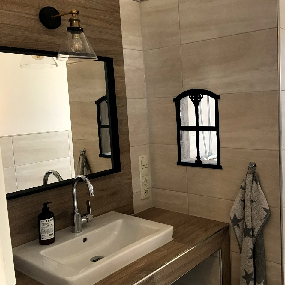 De gode Stuuv - Bad mit Handwaschbecken