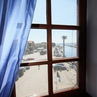 Ferienwohnung Hafenblick 5 Orth Außen