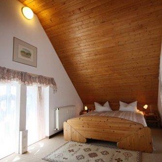 Ferienwohnung Hafenblick 6 Orth Schlafzimmer 1