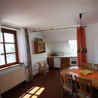 Ferienwohnung Hafenblick 6 Orth Wohnzimmer