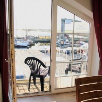 Ferienwohnung OR3-108 Orth Balkon