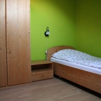 Ferienwohnung OR3-108 Orth Schlafzimmer 2