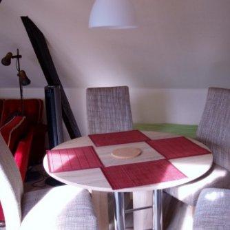 Ferienwohnung Mansarde Petersdorf Wohnzimmer